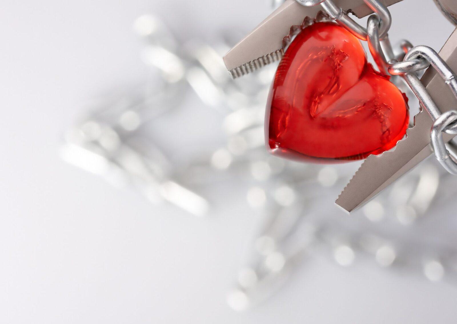 Созависимые отношения. Как выдержать давление со стороны мужа? Пример из практики